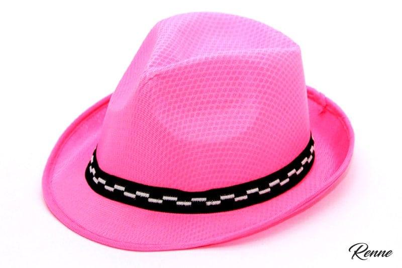 כובע ורוד לצילומים