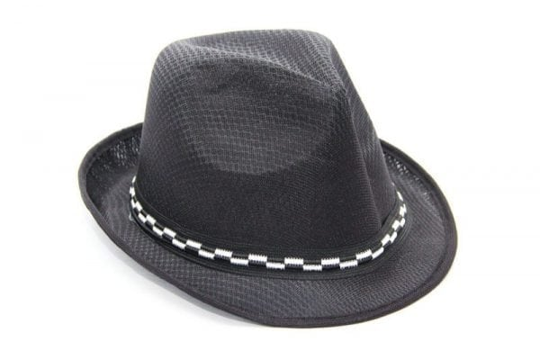 כובע שחור לצילומים