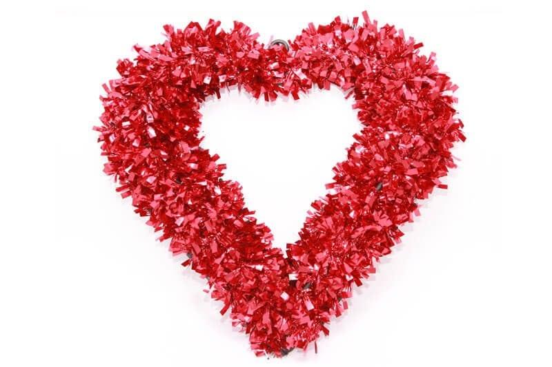 לב גדול לצילומים בצבע אדום