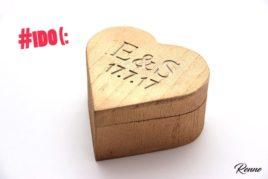 קופסת עץ לב ממותגת