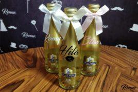 בקבוק שמפניה עם שם