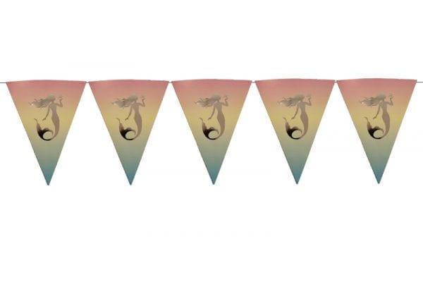 שרשרת דגלים בת הים אומברה